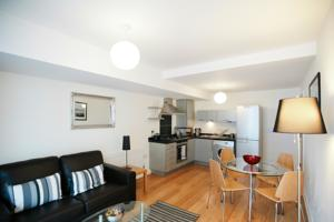 Your Space Apartment - Balmoral House